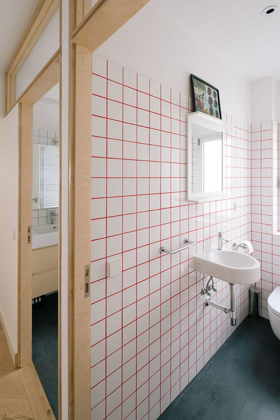 Enhance basic tile design, with coloring the grout