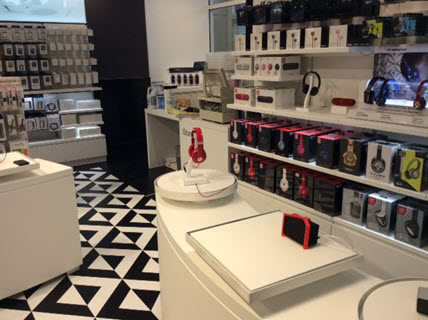 iStore with LSI Imagination Studio, high performance custom vinyl printing from Trinity Surfaces